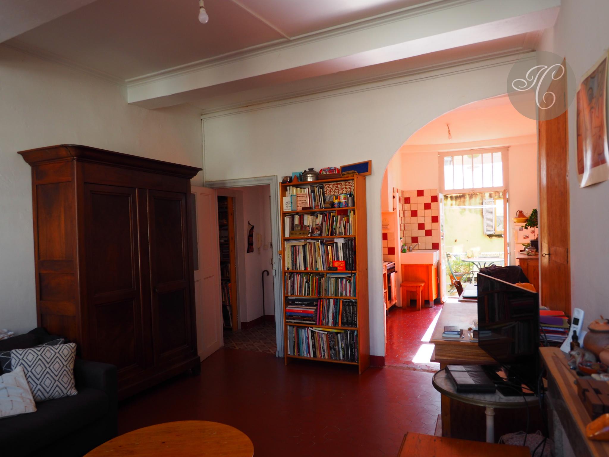 salon et cuisine   terrasse